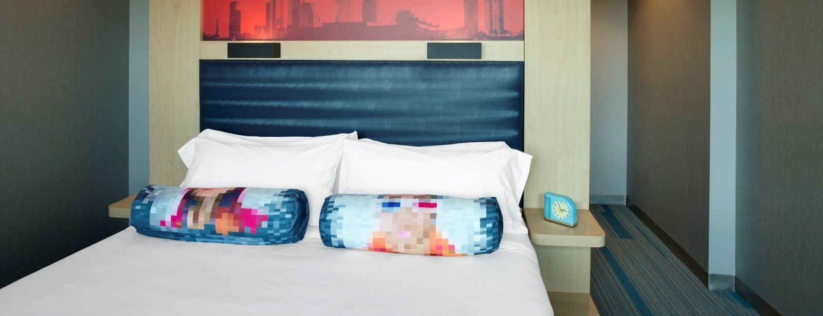 Tampa Accommodations - Aloft King Room